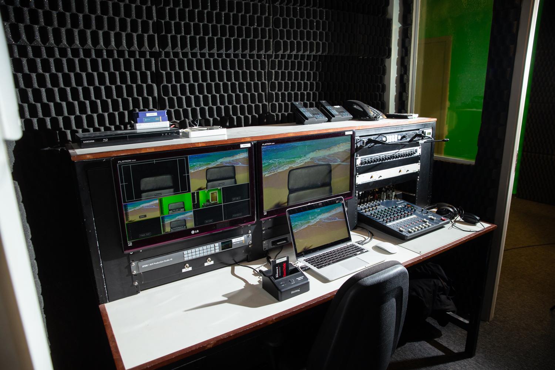 Tecnologias VSAT e SCPC no Teleporto STI